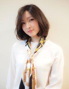 前髪伸ばしかけ 40代ヘア (YU-209) | ヘアカタログ・髪型・ヘアスタイル|AFLOAT(アフロート)表参道・銀座・名古屋の美容室・美容院