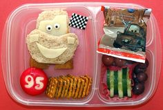 Love this! I want to make it for Lauren when we go see Cars for her birthday!!!