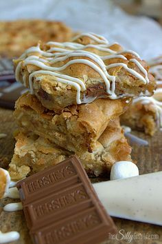 Rocky Road Blondies with Cream Cheese Glaze, blondies loaded with almonds, chocolate and marshmallows! #PackedWithSavings #shop