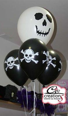 C&C Creations allestisce con palloncini pirati per Halloween, centrotavola e addobbi per le vostre feste.