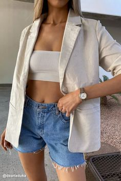 Pretty outfit idea to copy ♥ For more inspiration join our group Amazing Things ♥ You might also like these related products: - Denim Jackets ->. Shorts Jeans, Blazer And Shorts, Blazer Dress, Classy Outfits, Casual Outfits, Mode Dope, Style Hip Hop, Look Fashion, Fashion Outfits