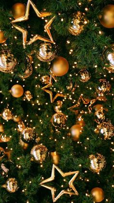 Christmas Tree Wallpaper Iphone Xmas New Ideas Christmas Tree Star, Christmas Mood, Noel Christmas, Christmas Lights, Christmas Ornaments, Christmas Gingerbread, Christmas Cookies, Christmas Tree Wallpaper Iphone, Holiday Wallpaper