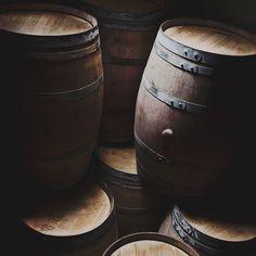 drink up me hardies yo-ho! Claire Fraser, Jamie Fraser, Outlander, Olgierd Von Everec, The Blue Boy, Castlevania Netflix, Hawke Dragon Age, Yennefer Of Vengerberg, Grunge