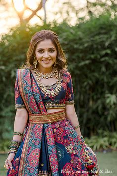 Gorgeous Mumbai Wedding With Bride In Drool-Worthy Outfits! Wedding Lehenga Designs, Kurti Designs Party Wear, Bridal Lehenga Collection, Half Saree Designs, Indian Gowns Dresses, Indian Bridal Fashion, Elegant Saree, Western Dresses, Bridal Outfits