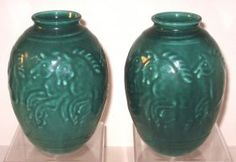 Pair of Rockwood pottery vases, : Lot 32
