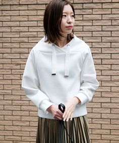 シルエットダンボール プルオーバー Sports Luxe, Latest Outfits, Sport Fashion, Hoodies, Sweatshirts, Casual Chic, Lounge Wear, Cool Style, Sportswear