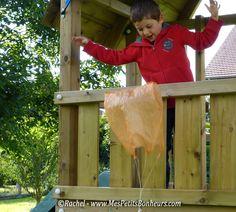 5279516dc18cb1 Jeu enfant vite fabriqué, pour jouer dehors  un parachute à lancer au vent