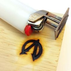 fazer logomarca na madeira