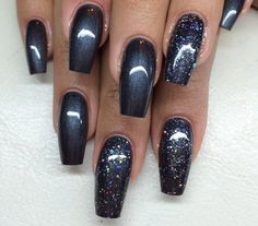 23 Creative Paths Dark Gray Nails With Glitter Coffin 23 Kreative Wege Dunkelgraue Nägel Mit Glitzer Sarg 7 23 Creative Paths Dark Gray Nails With Glitter Coffin 7 - Fancy Nails, Cute Nails, Pretty Nails, Sparkle Nails, Fabulous Nails, Gorgeous Nails, Dark Grey Nails, Dark Nails With Glitter, Dark Color Nails