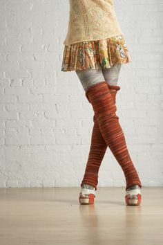 Thigh High Footless Socks!! Yeah for the Legwarmers!!! Gonna knit some for winter yoga :)