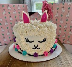 Girls 9th Birthday, 14th Birthday Cakes, Llama Birthday, Birthday Treats, 4th Birthday Parties, Birthday Celebration, Babe News, Girl Cakes, Llamas
