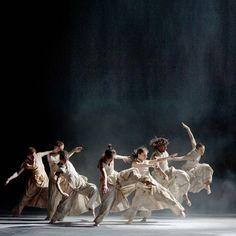 Contemporary Dance, Modern Dance, Boris Vallejo, Ballet Photography, Creative Photography, Alvin Ailey, Royal Ballet, Dark Fantasy Art, Body Painting