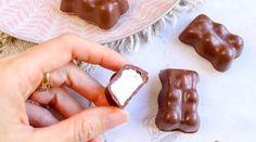Bonbons maison : 15 recettes sucrées et régressives ! • Hellocoton Beignets, Pudding, Chocolate, Baguette, Desserts, Creative Food, How To Make Gummies, Home Made Candy, Tailgate Desserts