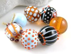 RESERVED Cocobeads Carnaval Handmade Lampwork Beadset (7)