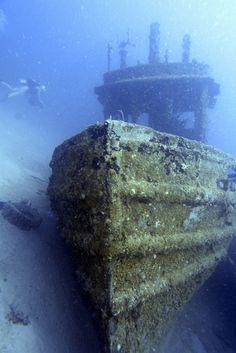 Shipwreck, Bimini Island, The Bahamas