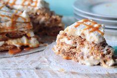 Getting My Just Desserts: Caramel Crunch Cake Banana Pudding Recipes, Pudding Desserts, Fun Desserts, Desserts Caramel, Healthy Desserts, Chocolate Eclair Dessert, Egg White Recipes, Microwave Cake, Caramel Crunch