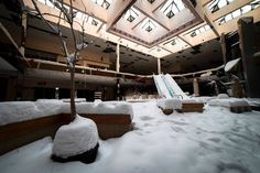 """All photo courtesy of Johnny Joo A fresh batch of photos from Ohio-based photojournalist Johnny Joo captures the well-documented """"abandoned mall"""" phenomenon in a new and marvelous way. As seen..."""