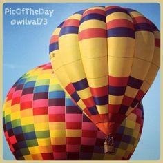 La #PicOfTheDay #turismoer di oggi vola con il #Ferrara #Balloons #Festival, fino al 15 settembre al Parco Bassani Complimenti e grazie a @wilval73