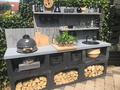 Big Green Egg Outdoor Kitchen, Outdoor Bbq Kitchen, Backyard Kitchen, Outdoor Kitchen Design, Outdoor Cooking, Outdoor Patio Designs, Outdoor Decor, Happy New Home, Barbecue Area