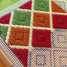 Discover thousands of images about Resultado de imagen de bargello embroidery stitches Broderie Bargello, Bargello Needlepoint, Needlepoint Stitches, Plastic Canvas Stitches, Plastic Canvas Crafts, Plastic Canvas Patterns, Cross Stitching, Cross Stitch Embroidery, Embroidery Patterns