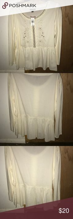 Sweet magnolias M Blouse Pearl White Size M White long sleeve Blouse with gold design Tops Blouses