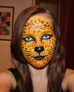 leopard face painting ;)