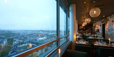 Elegant, luxurious cocktail lounge and sky bar with spectacular views of Stockholm, from the top of a skyscraper in Södermalm. Visit Stockholm, Sky Bar, Night Life, Airplane View, Skyscraper, Luxury, Travel, Skyscrapers, Viajes