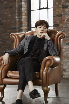 「ミュージカルの授賞式で新人賞を取りたい」と話すチャンソプの目は輝いていた。BTOBのボーカルではない、ミュージカル俳優という新たについた修飾語もかなり気に入ってる様子だ。BTOBでデビューして5年… - 韓流・韓国芸能ニュースはKstyle Lee Changsub, Sungjae, Btob, Minhyuk, Suwon, Wtf Face, Cube Entertainment, My True Love, Vixx