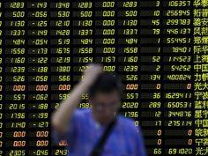 Índice composto da bolsa chinesa caiu 8,49%, a 3.209,91 pontos, depois de perder 9% durante a sessão. (Foto: Reuters)