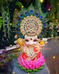 Little Krishna, Cute Krishna, Ganpati Bappa Photo, Country Costumes, Shri Ganesh Images, Happy Ganesh Chaturthi Images, Baby Ganesha, Ganesh Wallpaper, Lord Ganesha Paintings