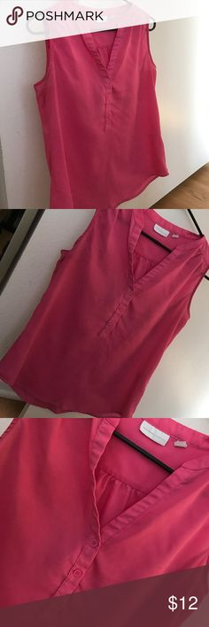New York & Company Top Beautiful New York & Company shirt. Perfect for spring and summer. Size Medium (8-10) women's. New York & Company Tops Tank Tops