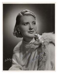 Closter (Bergen County) - Helen Jepson was a soprano who sang with the Metropolitan Opera as well as on national radio broadcasts in the 1930s and '40s. She lived in Closter where she also gave music lessons.