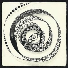 Zentangle drawing in spiral by Margaret Bremner