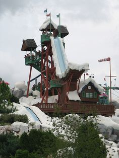 Blizzard Beach is Disney World's other water park, inspired by Winter snowstorms. This park offers more extreme water-based attractions than Typhoon Lagoon, Disney Water Parks, Disney Parks, Walt Disney World, Orlando Disney, Disney Resorts, Disney Vacations, Disney Trips, Disney Travel, Disney Blizzard Beach