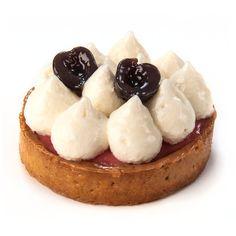 Primavera | Sable de festucs amb crema cireres texturitzades i crema lleugera de xocolata blanca |  #Sweets #Girona #AbrahamBalaguer  #postres #pastisseria #pastry #tartaletes