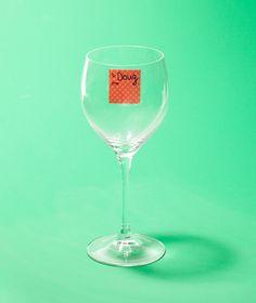 Label the wine glasses