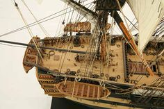 Close-up photos of ship model HMS Wellesley. HMS Wellesley was launched at Bombay in 1815 as a 74 gun ship. Old Sailing Ships, Hms Victory, Ship Of The Line, Close Up Photos, Model Ships, Wooden Ship, Tall Ships, Model Building, Model Trains