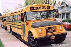 Old School Bus, School Buses, Nice Bus, Bus Camper, Vintage School, Busses, 1970s, Western Style, Blue Bird