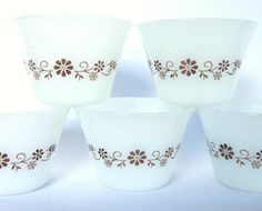 Dynaware Custard Cups by Pyr-O-Rey Set of 5 $15