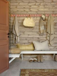 Naturlig fargeinspirasjon til fjellhytta - LADY Inspirasjonsblogg Entryway Bench, Lady Lady, Wallpaper, Supreme, House, Painting, Inspiration, Furniture, Home Decor