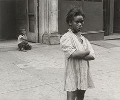 Helen Levitt. New York. 1940