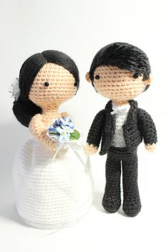 Amigurumi crochet wedding couple white dress by AgnesGurumi on Etsy – Bettina Becker – Wedding HairStyles Wedding Doll, Diy Wedding, Wedding White, Crochet Dolls Free Patterns, Crochet Hats, Crochet Wedding, Drops Design, Amigurumi Doll, Handmade Toys