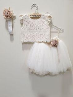 Dress For Girl Child, Kids Dress Wear, Kids Gown, Cute Baby Dresses, Toddler Girl Dresses, Little Girl Dresses, Girls Dresses, Unique Baby Girl Clothes, Kids Frocks Design