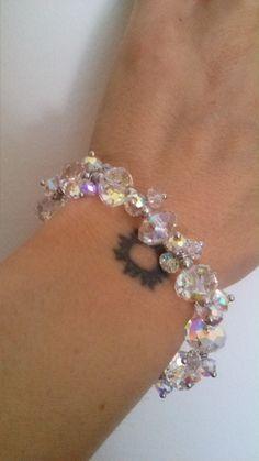 LADY COLOUR: Bracciale donna con cristalli  Swarovski LADY COLOUR: #Bracciale #donna con #cristalli #Swarovski http://reviewsangela.altervista.org/lady-colour-bracciale-donna-con-cristalli-swarovski/ #outfit #moda #istagram #twitter #blogloving #linkedin #likeformeplease #consumi #igers #reviewsangela #blog #dolcezza #eleganza