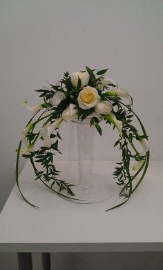 how to make a low flower arrangement