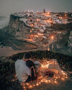💕✈️ Travel couple goals created by ↡ 📍Made in Sinatra, Portugal 🇵🇹 and remember, tag us in your photos to be featured in our community! Couple Goals Relationships, Cute Relationship Goals, Couple Relationship, Couple Goals Tumblr, Couple Goals Cuddling, Dream Dates, Couples Images, Photo Couple, Photos Voyages