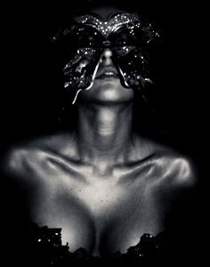 masquerade, mask, masquerade photography. boudoir photography, edgy photography