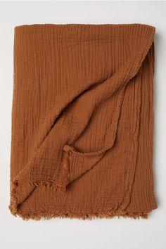 Krinklad bomullspläd - Mörk kamel - Home All Plaid Coton, Boho Home, House Doctor, Cotton Blankets, Throw Blankets, Home Bedroom, Bedrooms, Bedroom Ideas, Master Bedroom