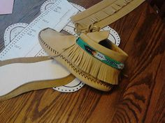 Moccasin Pattern, Size 5, 6, 7, 8, 9, 10, 11 choose your size-Non-Digital-Mailed out U.S.P.S in USA only- Men and Woman Sizes
