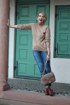 A fashion blog for women over 40 and mature women  Sweater: Hugenberg Cashmers Pants: Calvin Klein Bag: Gucci Shoes: LaShhoes